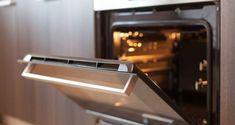 Καμένα λίπη τέλος -Το πανεύκολο κόλπο για να καθαρίσεις την πόρτα του φούρνου χωρίς τρίψιμο  #χρήσιμα