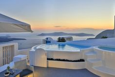 """A seducing sunset at #Santorini, as seen from the """"Villa Iokasti"""" of the """"Cloud 9"""", for your eyes only!"""
