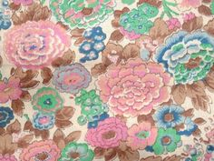 LIBERTY Tana Lawn fabric. Fat Quarter 18'' x 26'' ( 45,5 x 66 cm). Pink and green. Perfect for patchwork & quilting.  Vintage but as new.