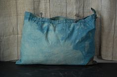 Dyed tote bag
