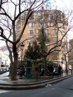 Place Emmanuel-Levinas, Paris V