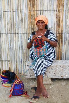 La Guajira, the most northern tip of South America. This part of Colombia has hardly any tourists, beautiful nature and some pretty good kitesurfing. People Of The World, End Of The World, American Spirit, Native American, Colombia South America, Boho Bags, Bag Sale, Free Crochet, Boho Fashion
