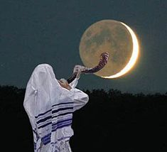 """Can we know the day or hour of Jesus' return? Was Jesus addressing just those in the first century when He said, """"But of that day and hour knoweth no man""""? Shavua Tov, Yom Teruah, Feasts Of The Lord, Arte Judaica, Messianic Judaism, Bible Illustrations, Prophetic Art, Trumpets, Jewish Art"""