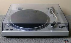 AUDIO TECHNICS SL 1400 TURNTABLE.  I HAD THIS TURNTABLE IN THE SEVENTIES.  I GOT QUITE CHEAPLY WHEN I WAS IN THE ARMY AT KITZENGEN WEST GERMANY.