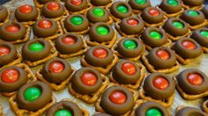 Yummy Christmas treat idea with pretzels, Rolos and M and M's!