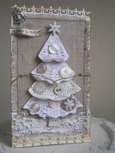 Burlap Christmas Card This would be beautiful in a frame setting on an end table at Christmas time. Homemade Christmas Cards, Burlap Christmas, Christmas Tag, Christmas Projects, Homemade Cards, Handmade Christmas, Christmas Decorations, Christmas Ornaments, Christmas Trees