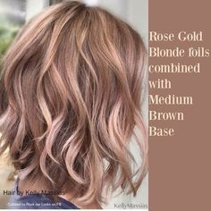 Rose gold blonde hair Cheveux blonds or rose Rose Gold Brown Hair, Gold Blonde Hair, Rose Gold Blonde, Blonde Foils, Rose Gold Short Hair, Darker Blonde, Copper Blonde, Blonde Waves, Cabelo Rose Gold