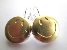 Happy vintage button earrings