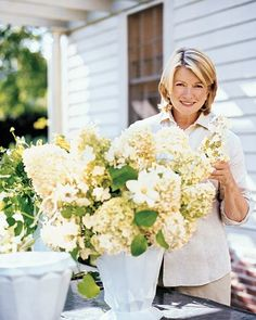 Fresh flowers, whether just cut from the garden or brought home from the florist or market, are a gift from nature that glows with good cheer. Although you can plunk them in any old vase, if you know just a few tricks -- such as the ones Martha demonstrates here -- it's easy to create much more original displays.Martha's Basic Arranging TipsStart by preparing the flowers so they'll last their longest.Cut garden flowers in the cool of early morning or after sunset. Immerse stems in cool…