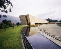 Templo de las Cenizas - Felipe Uribe