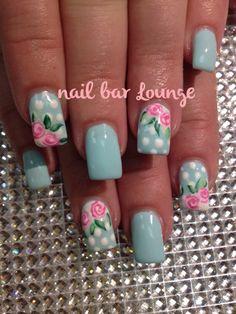 Spring Love #nails #nailart #flowers #naildesign