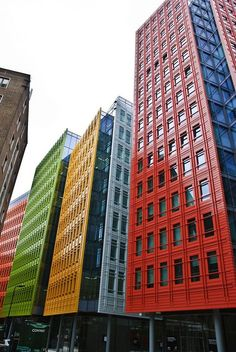 Central St. Giles, London (Renzo Piano architect)