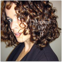I want her curls! Great blog post on how she gets her naturally curly hair to become beautiful frizz free ringlets!