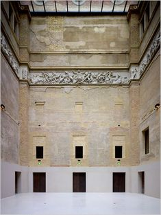 The Reborn Neues Museum - The New York Times > Art & Design > Slide Show > Slide 2 of 13