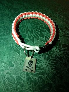 Paracord dog collar by RopeForHope on Etsy, $8.50