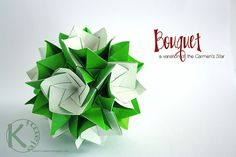 Bouquet by Kalami; Modular Origami made of 30 squares, no glue to join the units