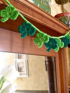 Clever ways to do shamrocks and four-leaf clovers.  Not that this will be a project to do for my birthday or anything...  : )