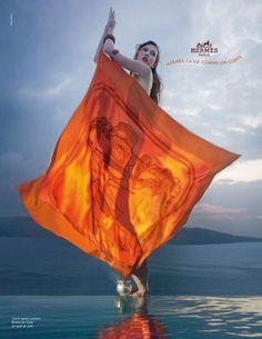 Label: Hermes /   Model: Karlie Kloss /   Photographer: Paolo Roversi /   Season: 2010 S/S - Spring Summer