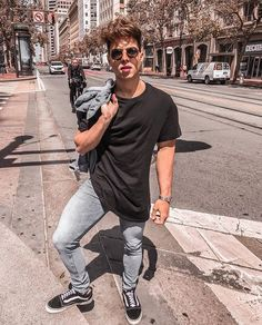 Maarkincarvalho 📸 Follow  Itboytrends on Instagram!  Itboy  Itboytrends   Tumblr  Tumblrboy  Youtuber  MarkinCarvalho  fotostumblr  menswear   mensfashion   ... e0c4d20cd90