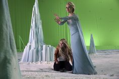 """A Behind The Scenes Look At Episode 4x02 """"White Out"""""""