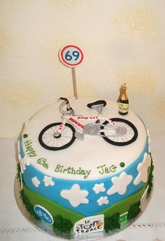 Rina s Celebration Cakes, Fuerteventura.Beautiful, artistic, homemade, hand decorated birthday and wedding cakes. Bicycle Cake, Bike Cakes, Fondant Cakes, Cupcake Cakes, Cake Cookies, Themed Birthday Cakes, Themed Cakes, Ferrari Cake, Ballerina Cakes