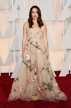 Keira Knightley À la Cinderela: vestidos tipo princesa dominam o red carpet - Vogue | Red carpet