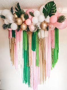 Hawaiian Party Decorations, Birthday Balloon Decorations, Birthday Balloons, Birthday Party Decorations, Diy Birthday Backdrop, Deco Ballon, Tropical Party, Balloon Garland, 2nd Birthday Parties