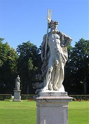 https://upload.wikimedia.org/wikipedia/commons/thumb/1/1b/Nymphenburg-Statue-3b.jpg/180px-Nymphenburg-Statue-3b.jpg