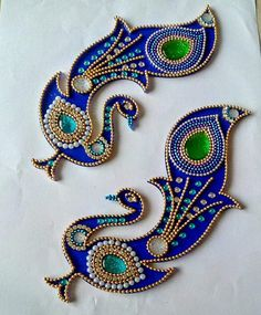 Items similar to Wedding return gift, Beautiful Kundan Rangoli Floor Art Peacock Design Wedding Mandap Mandala Kolam Home Decor Wedding Return Gift 1 Pair on Etsy Thali Decoration Ideas, Diwali Decorations, Peacock Embroidery Designs, Beaded Embroidery, Rangoli Patterns, Rangoli Designs, Acrylic Rangoli, Wedding Mandap, Decor Wedding