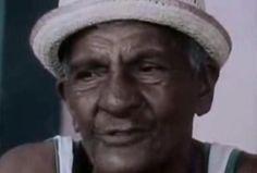 Mestre Waldomiro, o maior diretor de bateria de todos os tempos.