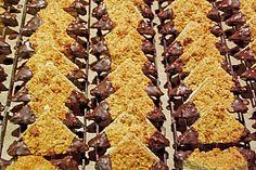 Guildo Horns Nussecken, ein beliebtes Rezept aus der Kategorie Kekse & Plätzchen. Bewertungen: 401. Durchschnitt: Ø 4,7.