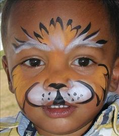 Bemalte Gesichter Face Painting a tiger face Is A Hidden Nanny Camera The Right Way To Go? Face Painting For Boys, Face Painting Designs, Animal Face Paintings, Animal Faces, Boy Face, Child Face, Kids Makeup, Maquillage Halloween, Interesting Faces