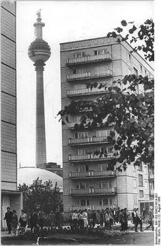 Berlin, DDR, Fernsehturm, Bau 1968