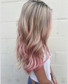 pink hair highlights light pink hair dye pinks hair - All For Hair Color Trending Pink Blonde Hair, Pink Ombre Hair, Blonde With Pink, Hair Color Purple, Hair Dye Colors, Pink Hair Streaks, Pink Hair Tips, Blonde Hair With Color, Curly Pink Hair