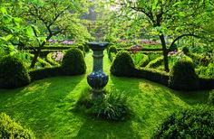9 Landscape Design Ideas for Spring Photos | Architectural Digest