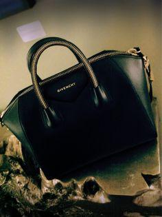 85 Best Givenchy Antigona Bag images  10eaee2708a22