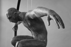 Icarus | escultura de Rogério Timóteo
