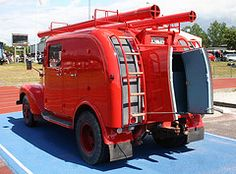 Volvo fire truck (1956). No further details available. Pinned from http://flickrhivemind.net/Tags/veteranlastbil/Interesting