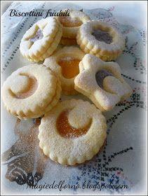 Magie del forno: Biscottini friabili ♦๏~✿✿✿~☼๏♥๏花✨✿写☆☀🌸🌿🎄🎄🎄❁~⊱✿ღ~❥༺♡༻🌺<SA Jan ♥⛩⚘☮️ ❋ Eid Biscuits, Pav Recipe, Cookie Recipes, Dessert Recipes, Cooking Prime Rib, Biscotti Cookies, Kids Cooking Recipes, Biscuit Cake, Italian Cookies