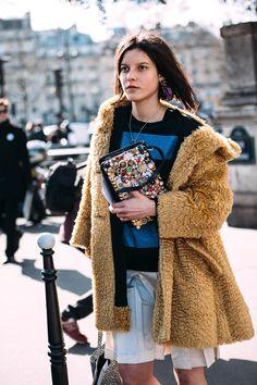 PARIS FASHION WEEK F/W15 (1/3) | Citizen Couture - Tati Cotliar @ PFW F/W15 - Paris, March 2015 - Wearing: Loewe Bag