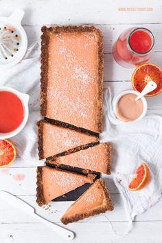 Blood orange tart with white chocolate