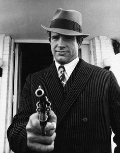 """Warren Beatty in """"Bonnie and Clyde,"""" Photo by Floyd McCarthy Bonnie And Clyde Movie, Bonnie Clyde, Old Movies, Vintage Movies, Classic Hollywood, Old Hollywood, Gangster Movies, Gena Rowlands, Cinema Tv"""