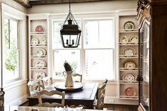 Breakfast room with beautiful plate racks