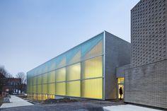 Salón Polideportivo en Mouvaux / de Alzua+ | Plataforma Arquitectura