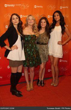 Ashley Benson And Lucy Hale | Troian Bellisario, Ashley Benson, Lucy Hale, Bianca Lawson - Pretty ...