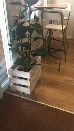 estanterías de palets Upcycle, Recycling, Pallets, Table, Decorations, Outdoor, Furniture, Home Decor, Crate
