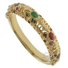 The AHIRA BANGLE  by Indiatrend. Shop Now at WWW.INDIATRENDSHOP.COM