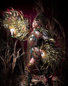 an experiential beauty, lifestyle and travel site based in the Philippines. Filipino Art, Filipino Culture, Philippines Culture, Hetalia Philippines, Paolo Ballesteros, Caribbean Carnival Costumes, Miss Universe National Costume, Filipiniana Dress, Filipino Fashion