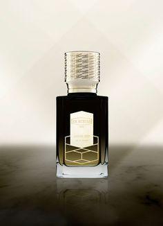http://perfumeforme.ru/products/ex-nihilo-fleur-narcotique/product-ex-nihilo-amber-sky-pod-nebom-bosfora  Парфюм Ex Nihilo Amber Sky «под небом Босфора» является дебютным ароматом новой парфюмерной коллекции «Вавилон», выпускаемой французской нишевой марки Ex Nihilo. Это новинка 2016 года, созданная Olivier Pescheux в качестве универсальной композиции для женщин и мужчин и принадлежит к восточно-пряной группе ароматов. Вдохновением для создания аромата послужил незабываемый романтичный…