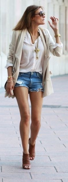 Classic & Trendy (by Cristina Blanco)